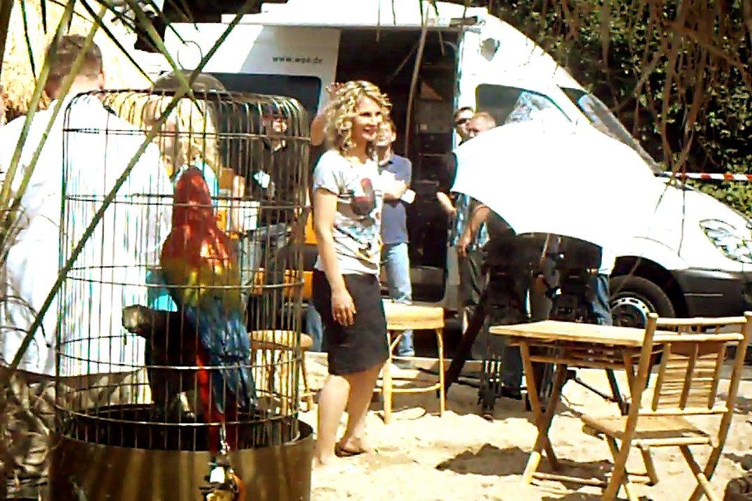 Susanne Wieseler von der Aktuellen Stunde (WDR) auf der A40